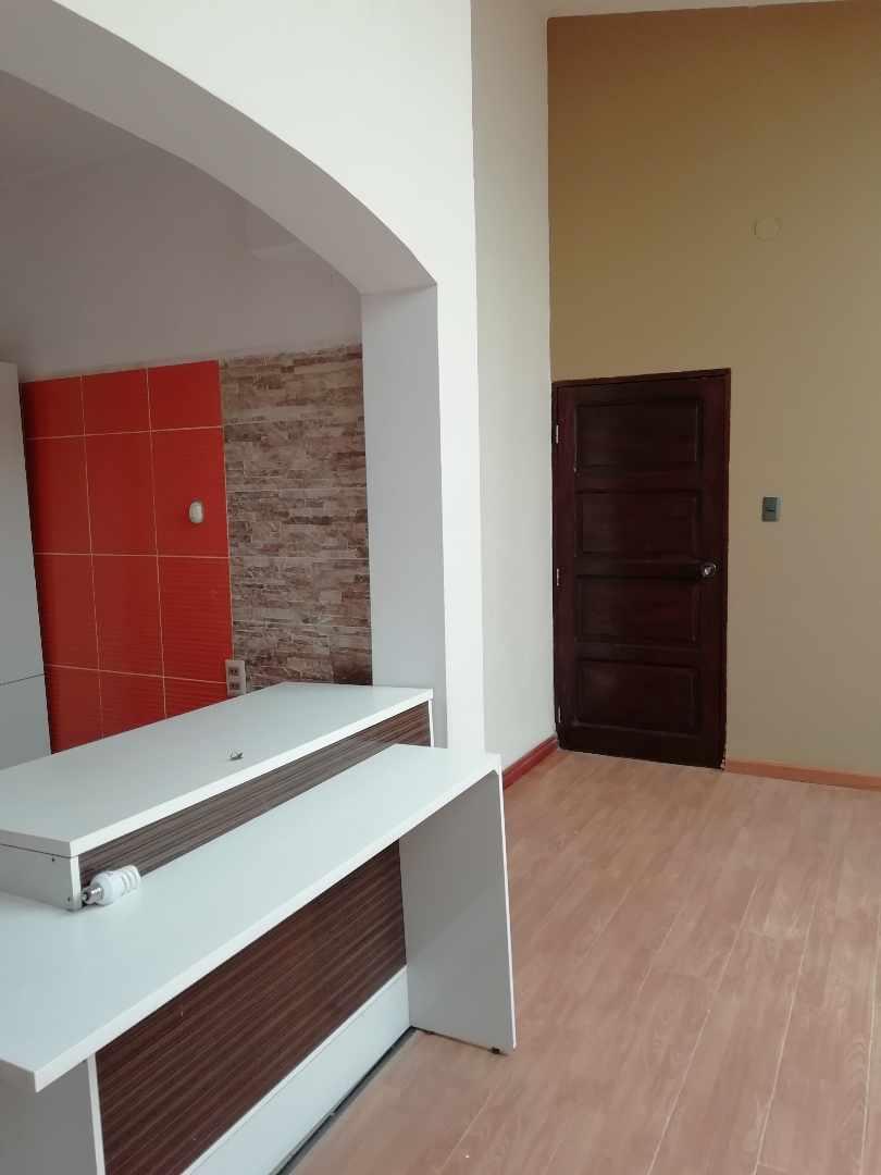 Casa en Alquiler Meseta de Achumani Foto 1