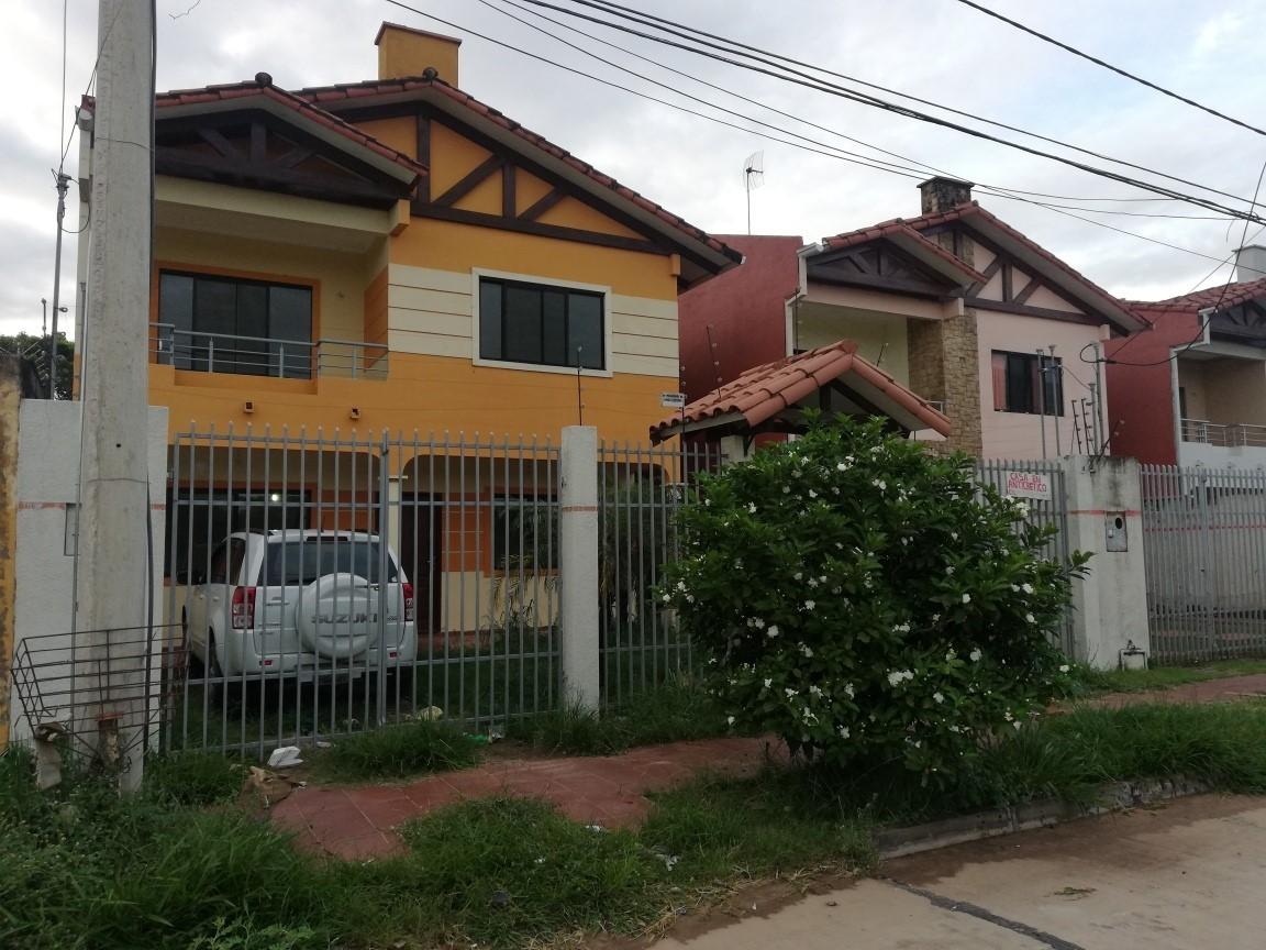 Casa en Anticretico 6TO Y 7MO ANILLO SANTO DUMONT Foto 1