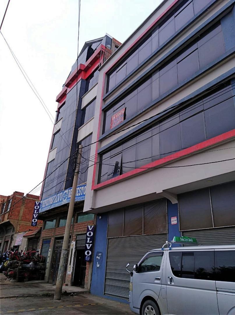Edificio en Venta Avenida 6 de marzo Nro. 9, Urbanización Villa Rosas Pampa cerca del puente Bolivia. Foto 1