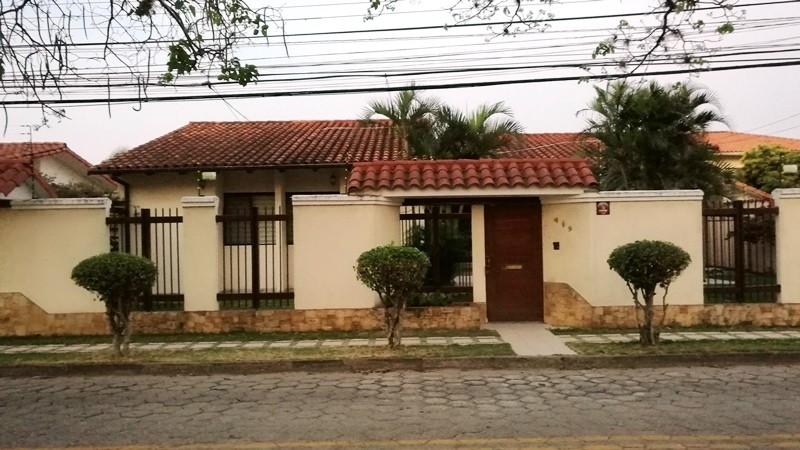 Casa en Alquiler Barrio Urbarí Foto 1
