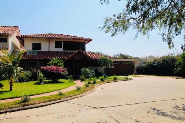 Casa en Venta 8vo Anillo El Remanso condominio Villa Doria Pamphilli Foto 1